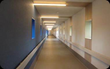 医療法人三州会 大勝病院への廊下